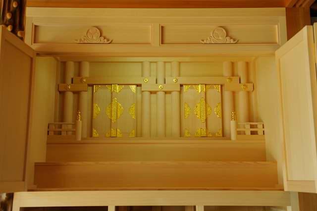 御霊舎施工例12 別誂え御霊舎の内部の様子