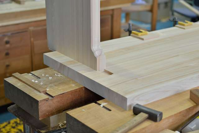 施工例14別誂えの神棚板の製作 地板と側板のあり繋ぎ