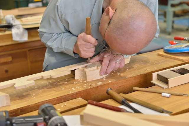 施工例14別誂えの神棚板の製作 雲板の製作