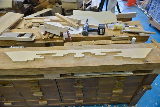 施工例14別誂えの神棚板の製作 雲板