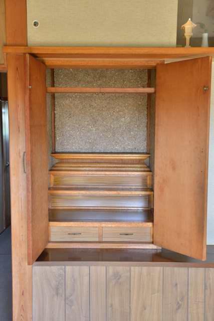 御霊舎の施工例10 設置前の内部の様子