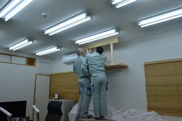 施工例13 雲板付格子棚板の取付