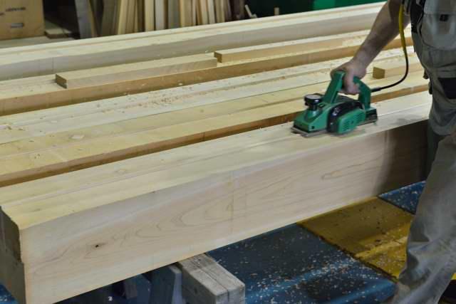 施工例15冠木門の製作 柱加工