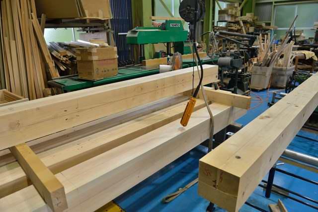 施工例15冠木門の製作 控え柱