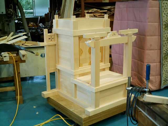 略式流れ造宮 2尺 胴完成 御扉金具取付