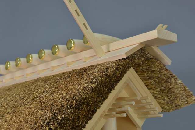 茅葺一社宮(正殿型)茅葺き屋根