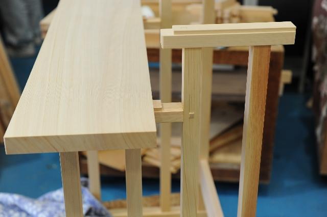 2段式八脚案の天板と脚