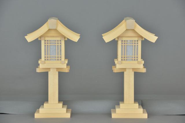 木製灯篭尺の正面