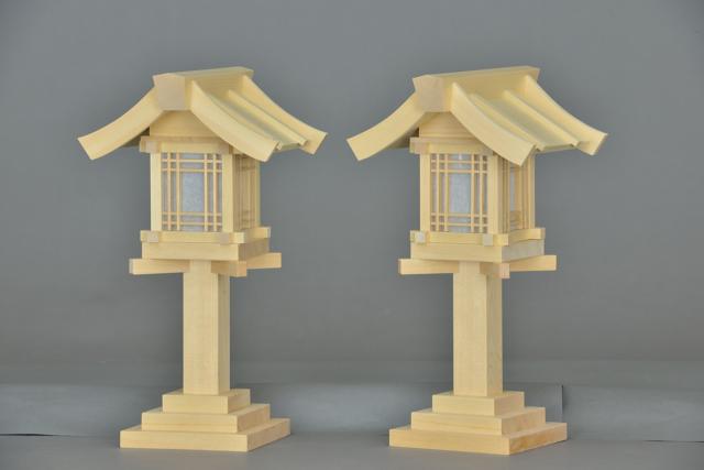 木製灯篭尺の斜面